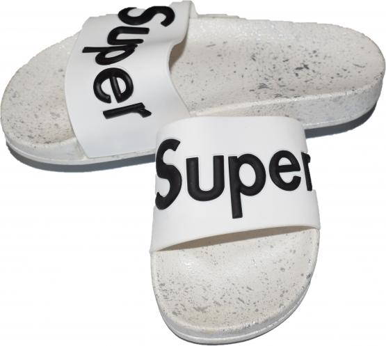 Papuci albi de baieti
